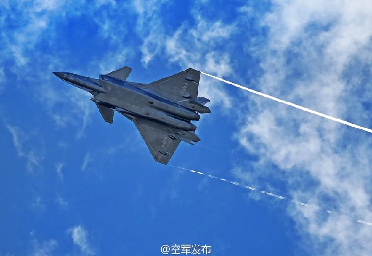 歼-20飞机