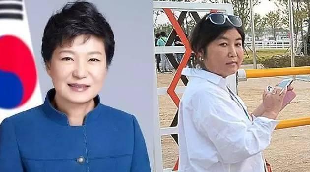 朴槿惠与崔顺实(右)