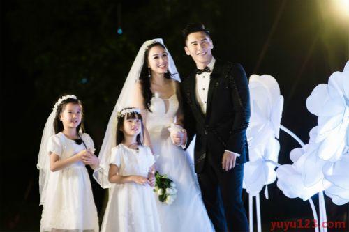 张伦硕与钟丽缇及其两个女儿