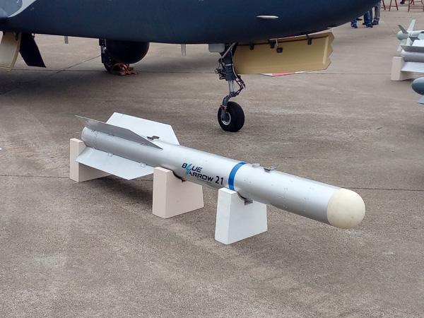"""""""蓝箭""""-21空地导弹,这是该导弹首次在珠海航展上露面"""