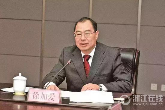 徐加爱,男,汉族,1966年9月生,湖南衡阳人,中共党员,1990年7月参加工作,研究生学历。