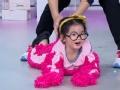 《搜狐视频综艺饭片花》阿拉蕾再作神曲魔性撩董力 张智霖丝袜套头辣眼