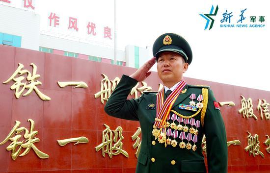 武警新疆总队某支队支队长、反恐尖兵王刚
