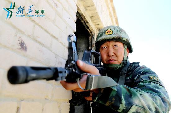 王刚每次战斗都冲是在第一个的