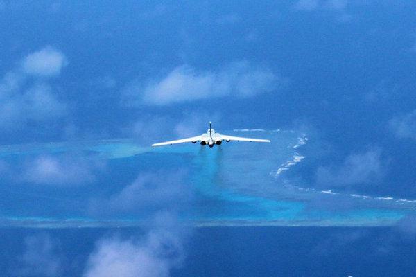 击机、侦察机、空中加油机等遂行战巡任务,以空中侦察、对抗空战图片