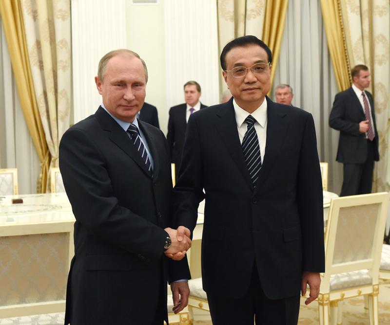 国务院总理李克强当地时间8日下午在莫斯科克里姆林宫会见俄罗斯总统普京。