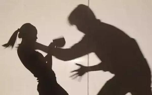 山东高一女生被生疏女子搭谳,毫无防备心思去帮助遭强奸杀戮