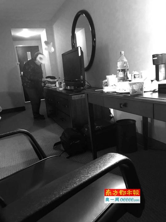 老人入住达美工作人员安排的旅馆。