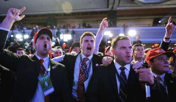 特朗普胜选后支持者庆祝