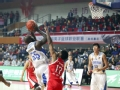 CBA集锦-琼斯砍34分罚球准绝杀 青岛89-88广州