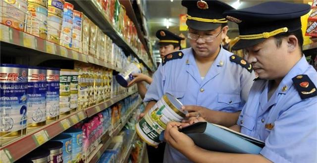 资深乳业分析师宋亮告诉第一财经记者,这样一来,婴幼儿配方奶粉的监管将从产品端延伸到原料端,将实现全程备案监管。