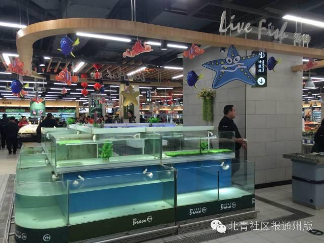 不仅郭先生,很多其他区的市民也发现,最近在超市买不到活鱼了。