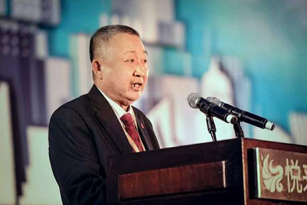 """中国人像摄影学会执行主席温思源在""""成功之道 中国之行""""第20站活动中发言"""