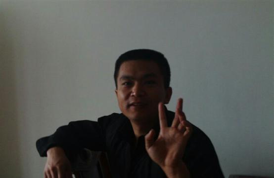 宋吉辉本人。