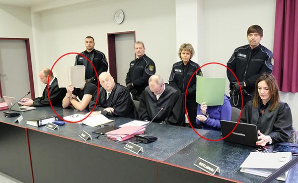 当地时间2016年11月25日,德国德绍地方法院开庭审理了中国留德女生李洋洁遇害案。被告Sebastian F.和Xenia I.在法庭上。 东方IC 图
