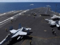 """航母甲板 世界最危险的""""飞机起降场"""""""