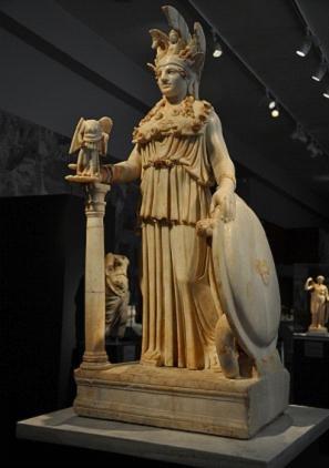 古希腊雅典娜雕塑,跟日本动漫里的差距好大!