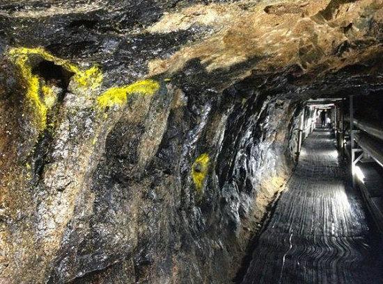 韩国发现朝鲜秘密隧道