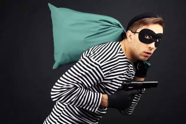 警方预警!年底小偷开始冲刺了,这3个时段家里最招贼!