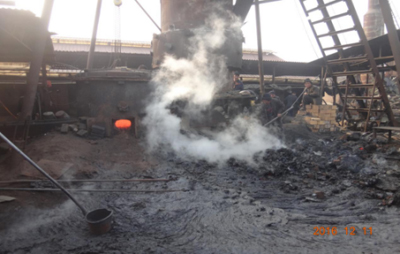 河北省沧州市安庄村知名锻造公司运用冲天炉炼铁,烟尘排放重大