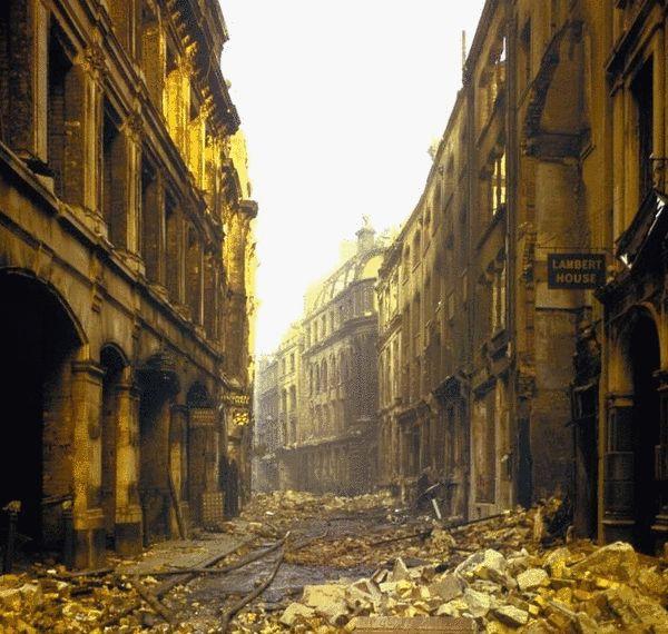 二战后一片狼藉的伦敦1