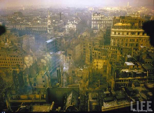 二战后一片狼藉的伦敦2