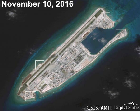 美方公布的南海岛礁卫星图。