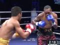 WBA世界拳王争霸赛 菲律宾索尼重拳击倒对手