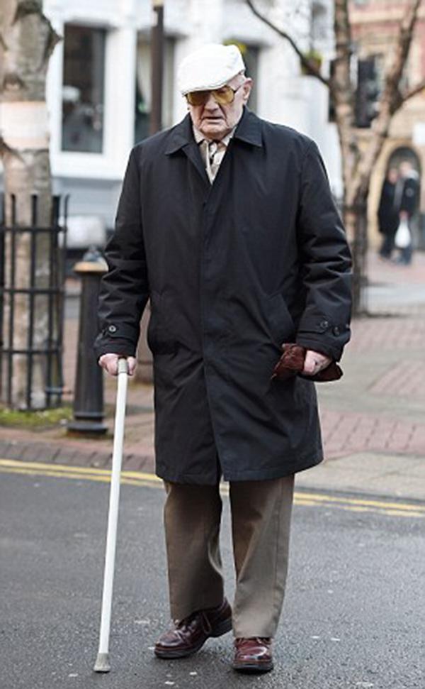 101岁的拉尔夫·克拉克。