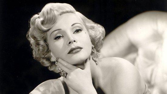 莎莎-嘉宝曾在上世纪50、60年代的好莱坞红极一时
