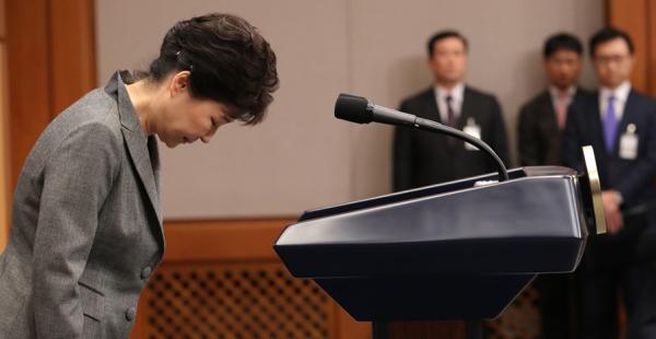 朴槿惠拖延战术让民众愤怒