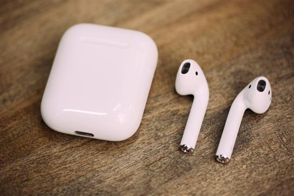 苹果抢钱!AirPods耳机换电池都这么贵