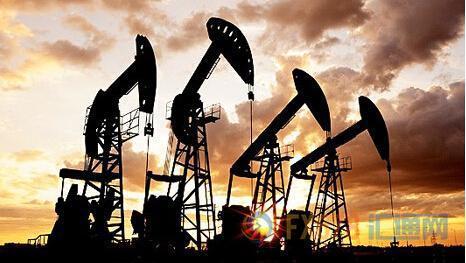 与此同时,ICE布伦特2月原油期货电子盘价格收盘下跌0.84美元,跌幅1.52%,报54.51美元/桶。