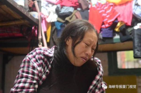 女子15年生8个女儿 丈夫触电被截肢家庭陷困境