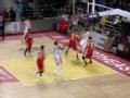 CBA视频-张彪突破内传外 托马斯强起上篮造2+1