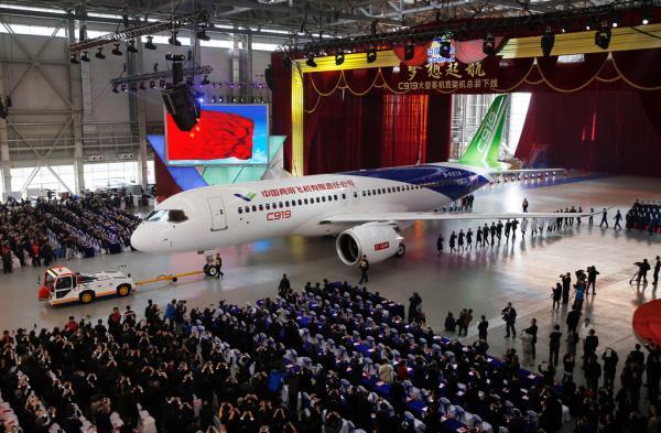C919大飞机将于今年2月首飞 订单已达570架(组图)