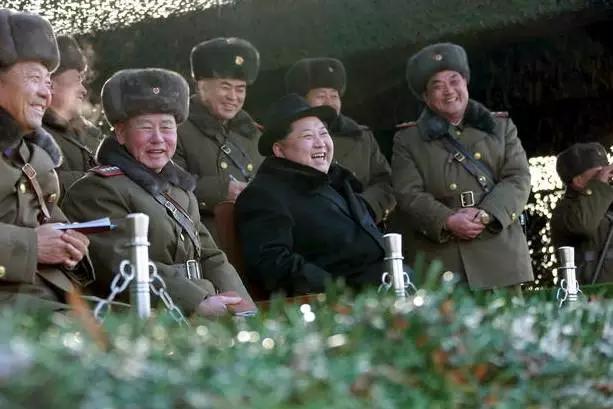 朝鲜外务省发言人8日说,朝鲜的洲际导弹试射已进入最后阶段,将择机进行发射。