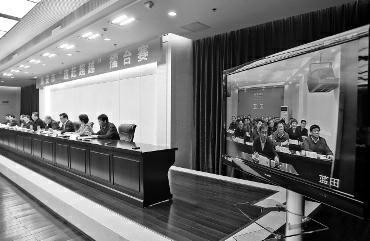"""华商报讯(记者 肖琳 摄影 张杰)昨日下午,西安市第一期""""追赶超越""""擂台赛正式拉开帷幕。"""