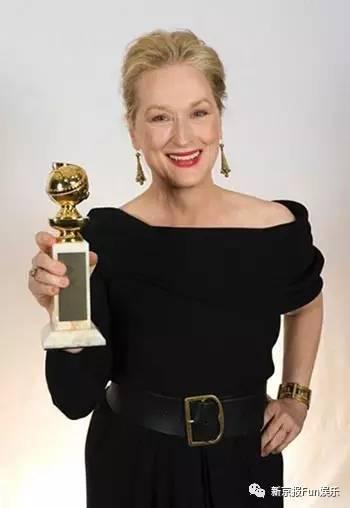 """梅姨在好莱坞的分量绝对毋庸置疑,此前她已30次被金球奖提名,8次获奖,还拿了3座奥斯卡小金人,并且是被提名奥斯卡次数最多的人。有人说""""梅姨就没有演得不好的片子""""。"""