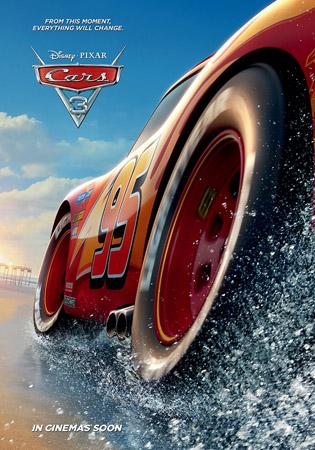 《赛车总动员3》海报-闪电麦坤海边飞驰