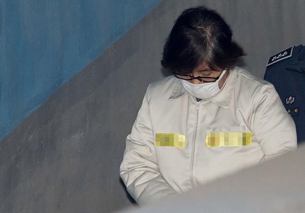 韓國第五次開庭審理總統彈劾案 崔順實首次出