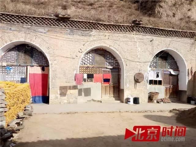 刘顺喜一家所住的窑洞 图/北京时间 刘钊