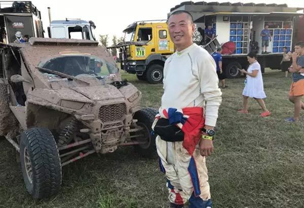中国车手王福江和他的UTV赛车