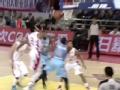 CBA视频-亚当斯上篮遭托马斯大帽 吉林VS新疆
