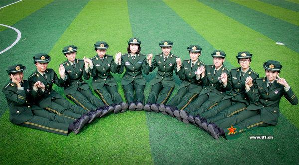 中国海警女兵身材火辣颜值爆表 一萌妹子抢眼图片