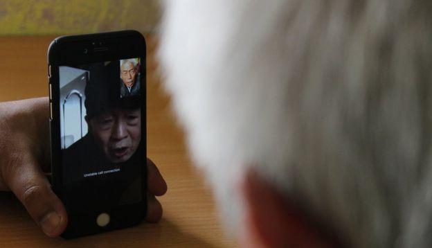 王琦和哥哥视频通话