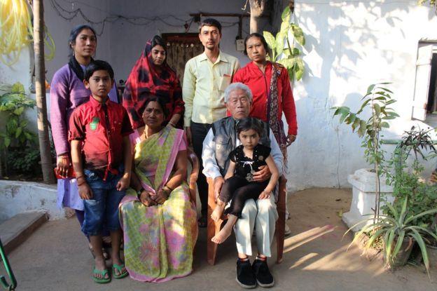 王琦的在印度的全家福