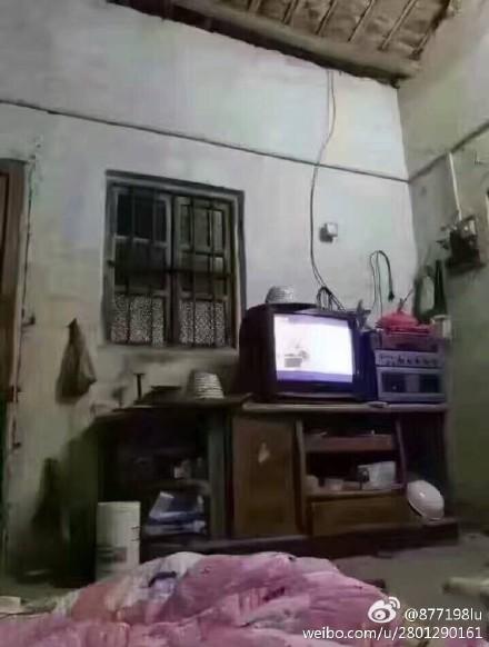 不过最后这个,才是真・电视墙。