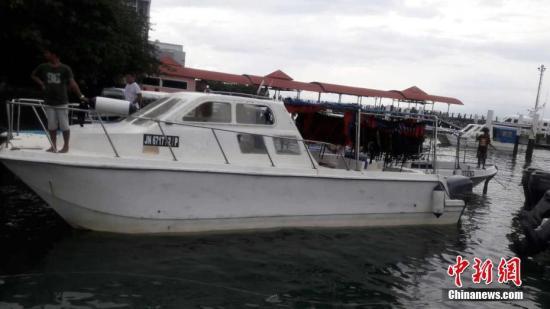 另一方面,针对环滩岛船难事件成立的调查及整顿海洋旅游工业委员会,谕令该岛上非法业者全面停止作业,否则沙巴州政府将采取强硬行动。