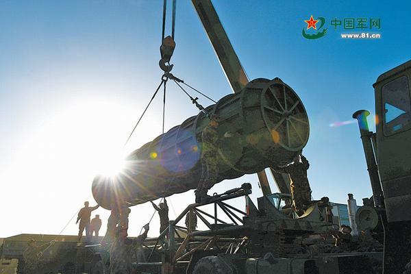 美媒:中国导弹力量已让美军难以保卫第一岛链